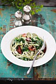 Green pasta with spinach and bacon