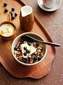 Muesli with yoghurt and blueberries