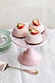 Strawberry cream cakes