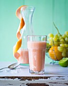Citronello Sour: a smoothie made with grapefruit, orange and lemon