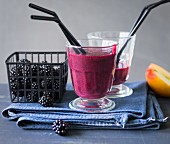 Autumn Storm: a smoothie made with blackberries, pear and apple