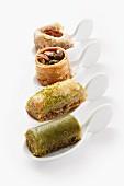 Baklava und türkische Nusstörtchen auf Amuse Gueule Löffeln
