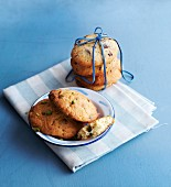 Chocolate chip cookies as a gift