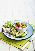 Avocado salsa with unleavened bread