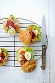 Club sandwich gougeres