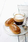 Coffee eclairs