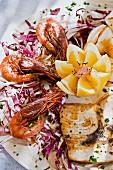 Piatto di mare (Fischteller mit Garnelen, Italien)