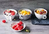 Beerenmüsli, Amaranthmüsli mit Mango & Quarkmüsli mit Physalis
