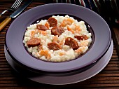 Grits with sausage and prawns (USA)