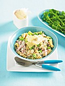 Fusilli with chicken and broad beans