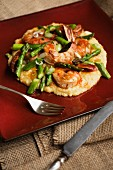 Polenta with prawns and green asparagus