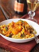 Tagine with chickpeas and couscous