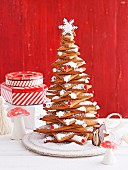 A gingerbread Christmas tree made from gingerbread stars as a centrepiece