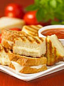 Cheese toasties with a tomato dip