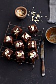 Chocolate gingerbread bites with flaked almonds