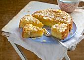 A mini Bienenstichkuchen (caramelised almond cake)