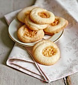 Florentiner Ringli (shortcrust biscuits with almonds)