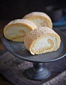 Swiss rolls with lemon cream