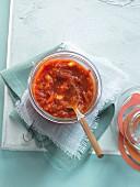 A jar of tomato sugo