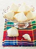 Coconut macaroons in a glass bowl