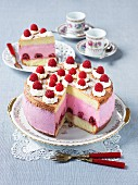 Creamy cheese cake with raspberries