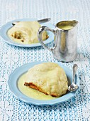 Dampfnudeln (steamed dumplings) with custard