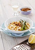 Tagliatelle with green asparagus and lemons