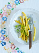 Yellow beans with dill flowers
