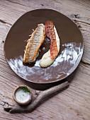 Moselbarsch mit Speck und Geiztraubenkraut