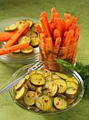 Eingelegte Möhren und Zucchini