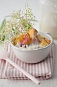 Peaches in elderflower yoghurt