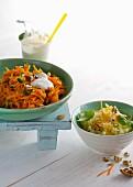Raita mit Möhrensalat und Sellerie-Orangen-Salat