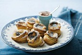 Puff pastry baton with chocolate filling