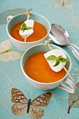 Tomato soup and mozzarella