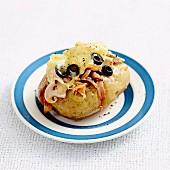 Ofenkartoffel mit Hähnchenfleisch und Ananas