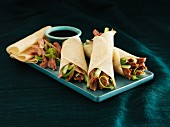 Peking duck with pancakes and hoisin sauce (China)
