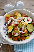 Fried vegetables with turkey strips