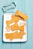 Wholemeal carrot biscuits for dogs