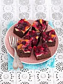Chocolate and vanilla sponge cake with cherries