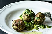Lentil balls with pesto
