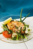 Fried salmon with grilled vegetables and parsley