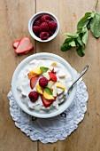 Fruit quark with mint