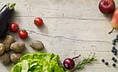 Stillleben mit Obst & Gemüse