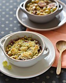 Fig and grape crumble