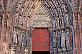 The Wise and the Foolish Virgins with the Last Judgement depicted in the lunette, south portal of the western façade, Strasbourg Cathedral
