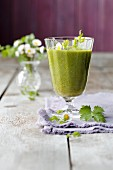 A smoothie made from young May leaves, pears and acacia honey