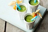 Bok choy smoothie with physalis, avocado and chicory