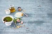 Selbstgemachtes Rucola-Zitronen-Pesto