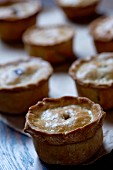 Meat pies (Great Britain)