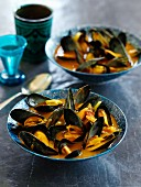 Mussels in a curry broth